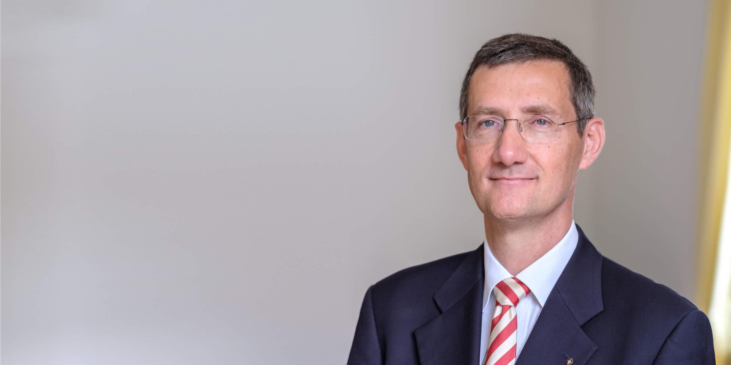 Porträtfoto von Rechtsanwalt Felix Offermann - Kanzlei für Erbrecht, Vorsorge, Immobilienrecht und Arbeitsrecht